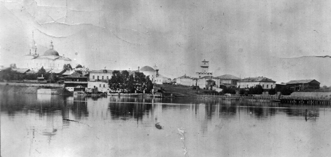 Общий вид на цент р поселка Режевской завод. Фото нач. XX века