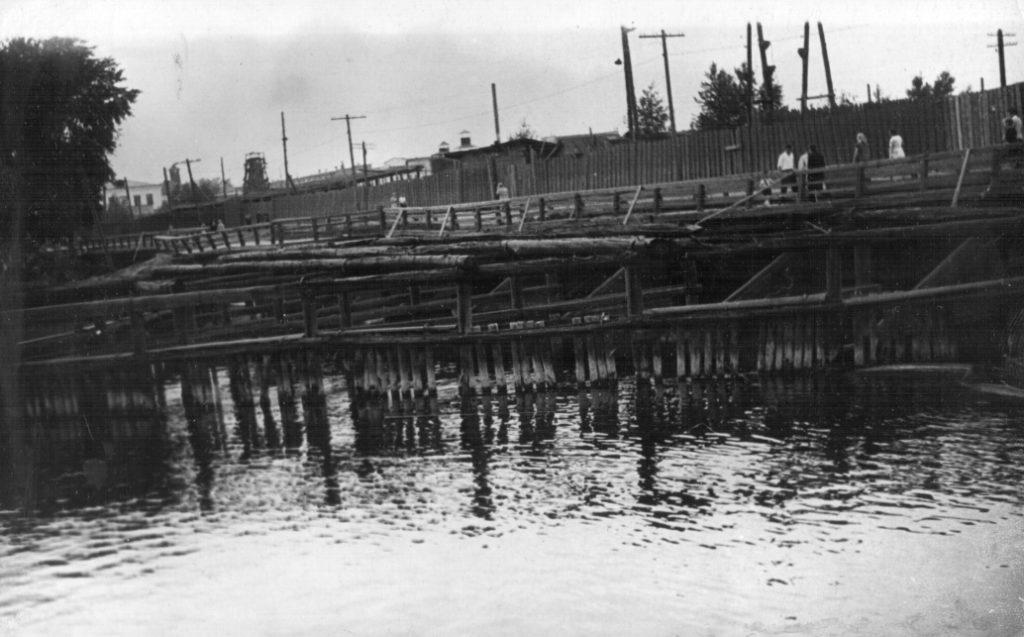 Старая Режевская плотина, фото середины XX века