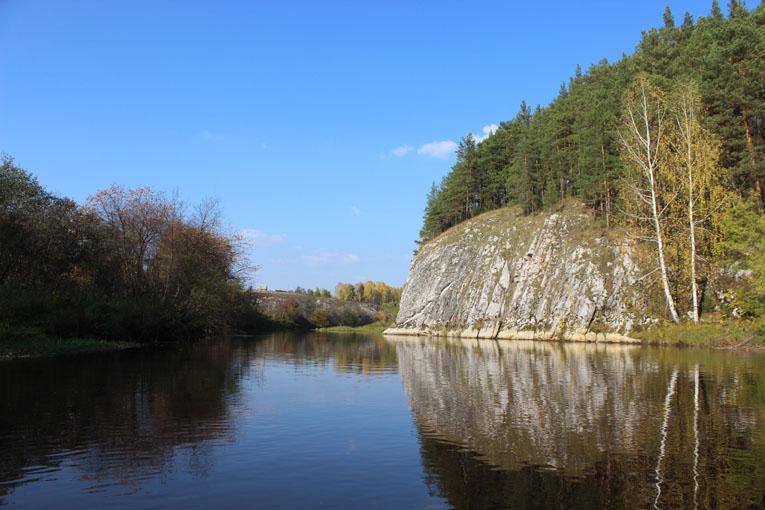 Коровий камень на реке Реж