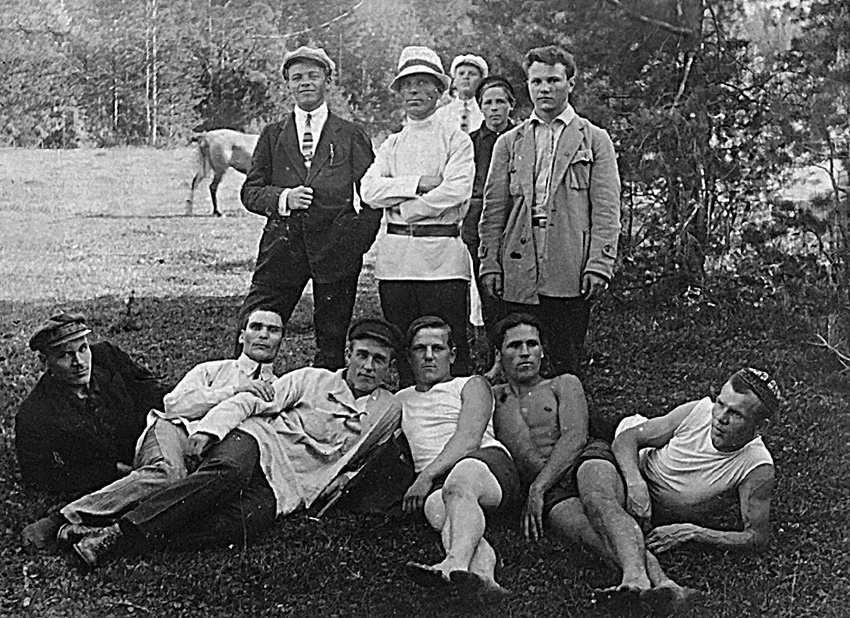 Организаторы первых в Реже легкоатлетических соревнований
