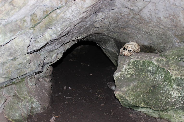 Лаз в Сохаревскую пещеру