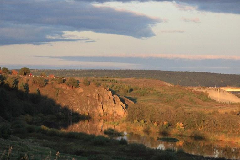 Скала за деревней Чепчугово