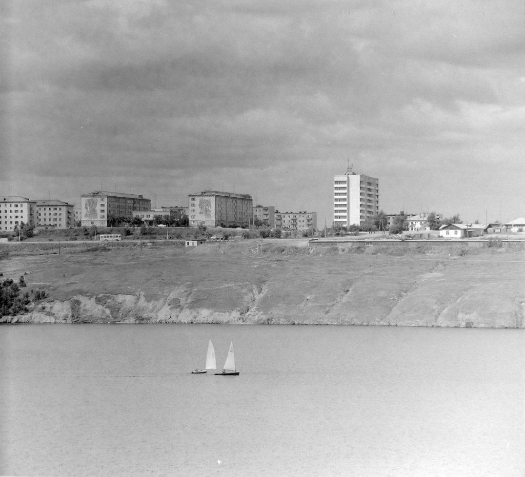 Парусники на Режевском пруду. Фото второй половины 1980-х годов