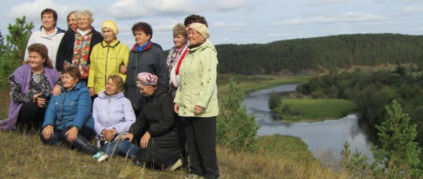 На экскурсии по родному краю (скалы села Глинского) с турфирмой «Малыш и Карлсон»