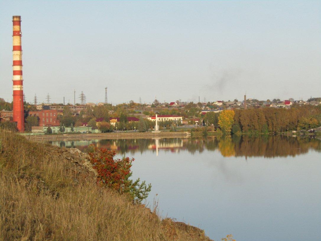 Осенний вечер на Режевском пруду