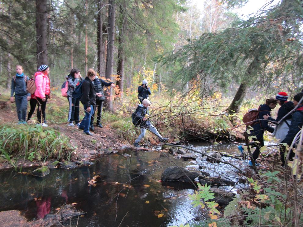 Поход до Бородинских скал на реке Реж и Бородинской писаницы: переправа на Серебрянке