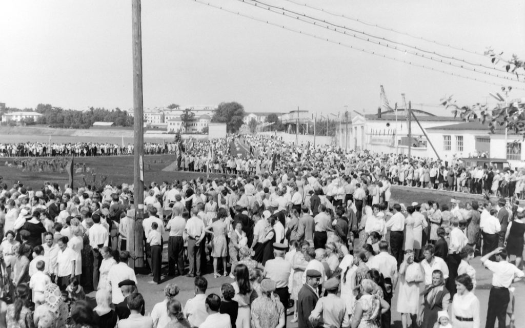 Момент открытия Монумента 7 июля 1973 года