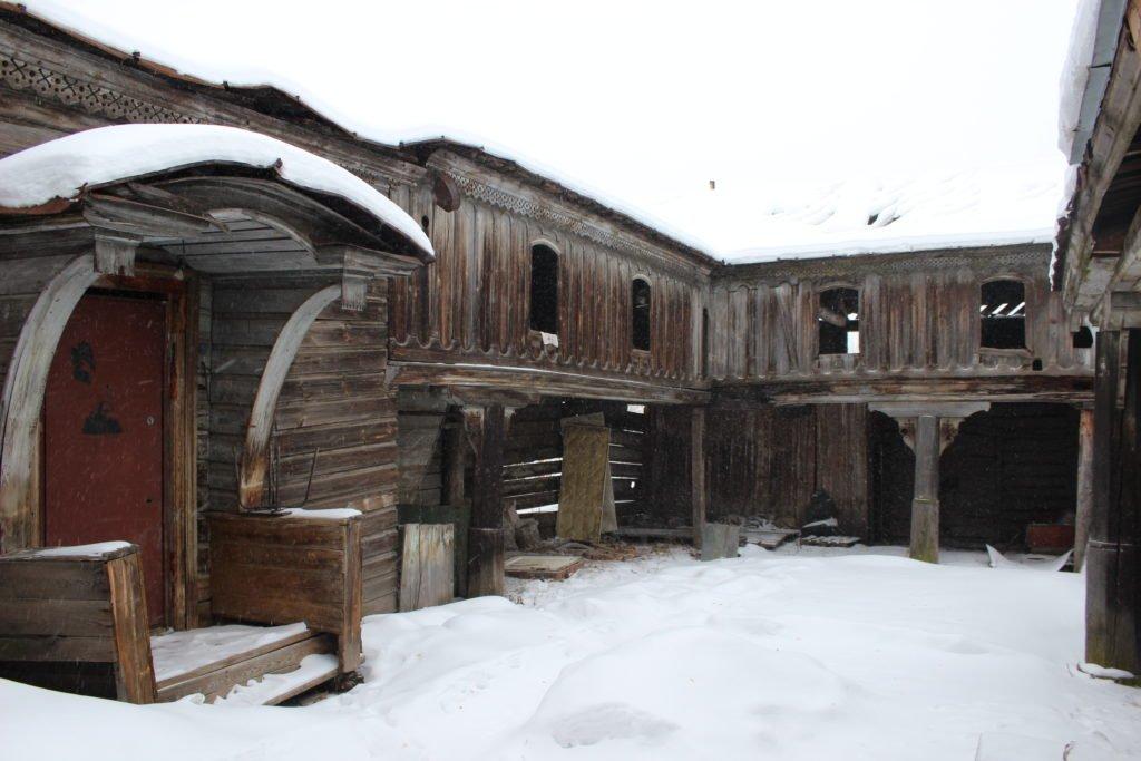 Памятник деревянной архитектуры — усадьба Байбородина, ул. Пушкина, 15