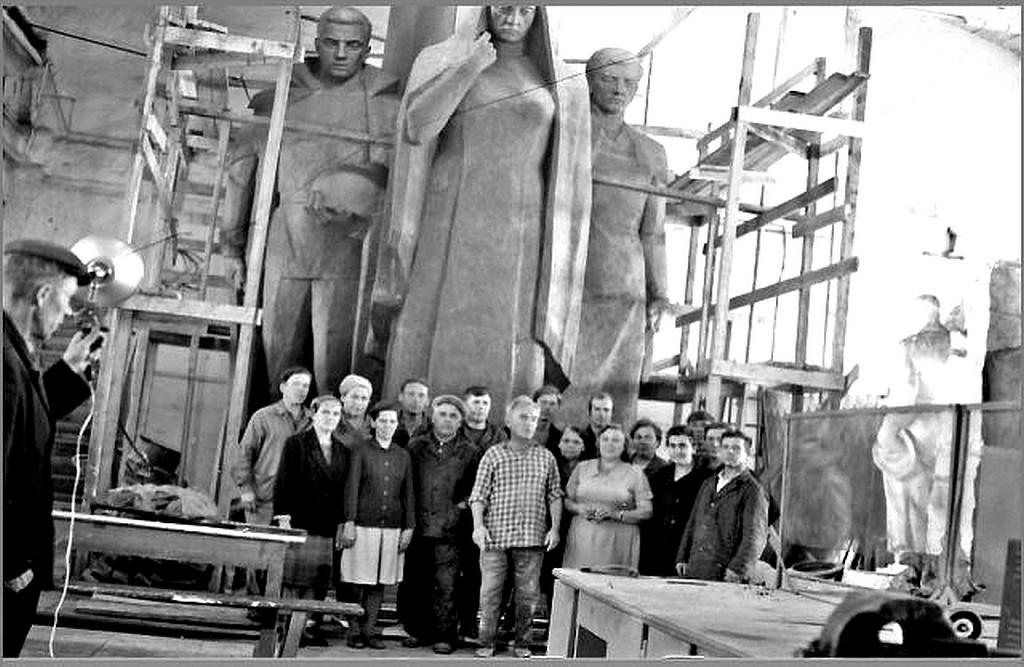 После сборки скульптур в энергоцехе РНЗ