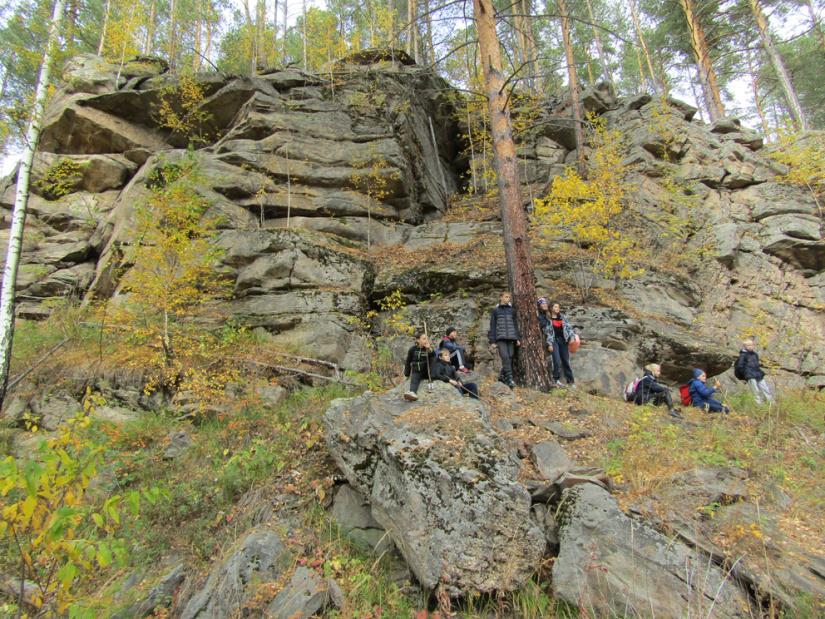 Скалы на пути к Бородинке