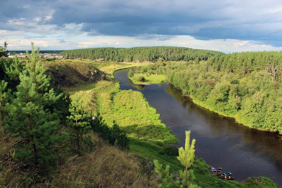 3километровый маршрут от устья речки Глинки до Хмелевого проходит вдоль реки Реж