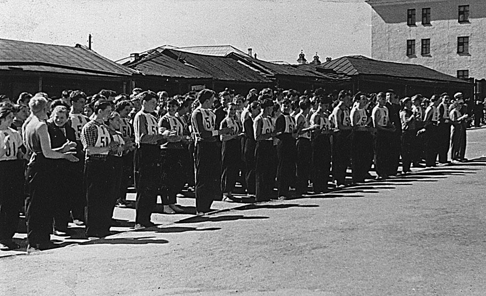 1963 год: торговые ряды доживают свои последние дни