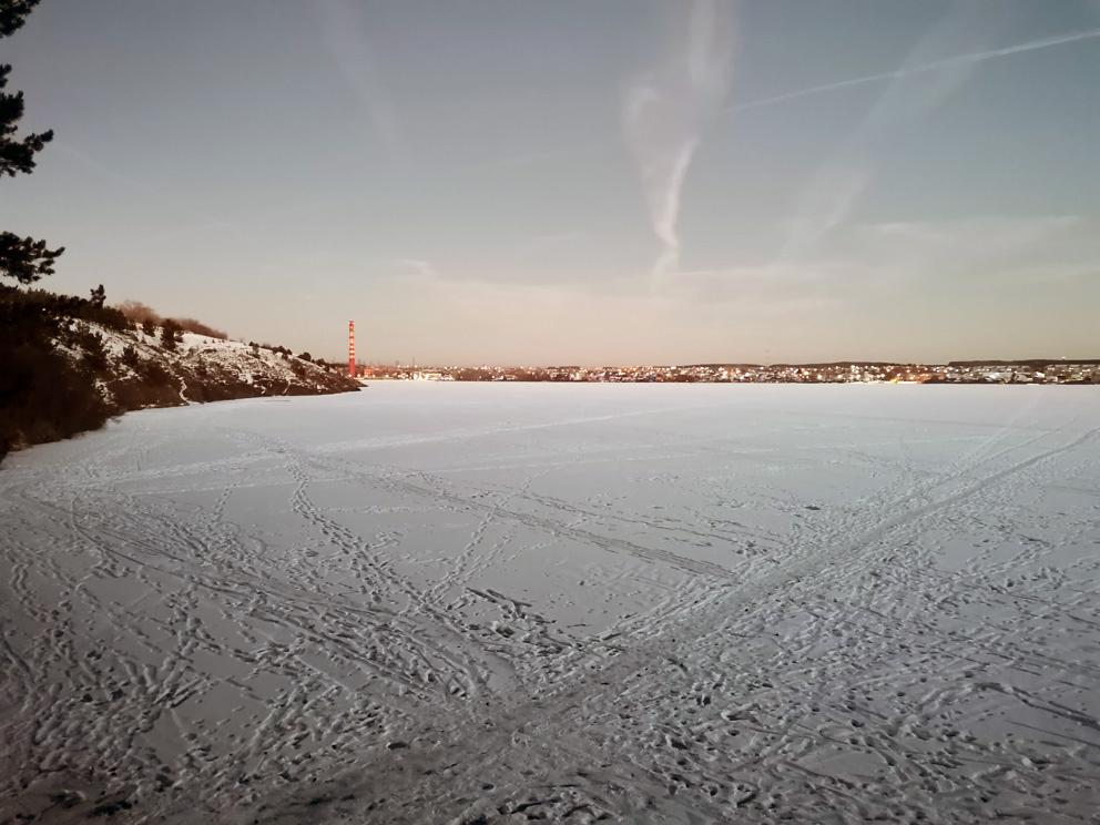 Зимний вечер на Режевском пруду