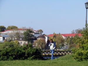 Реж: современный вид на Господский дом с противоположного берега пруда